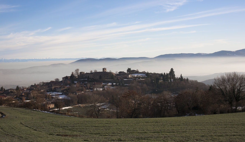 Entre Lyon et Saint Etienne, un village des Monts du Lyonnais